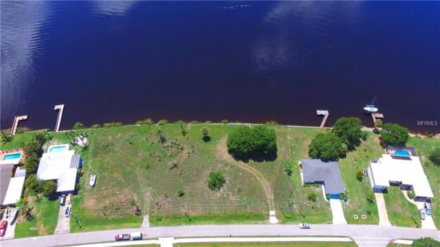 2956 Peace River Dr, Punta Gorda, FL 33983 (MLS #C7416185) :: Griffin Group