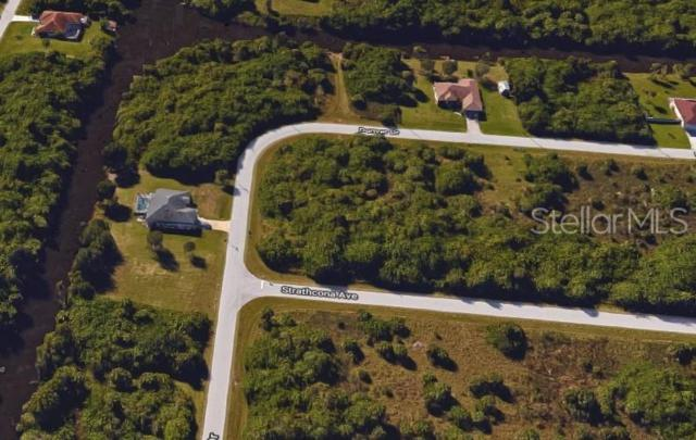 19473 Strathcona Avenue, Port Charlotte, FL 33954 (MLS #C7416818) :: The Duncan Duo Team