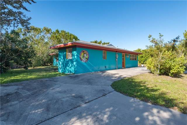 725 Patty Avenue, Punta Gorda, FL 33950 (MLS #C7424571) :: The Light Team