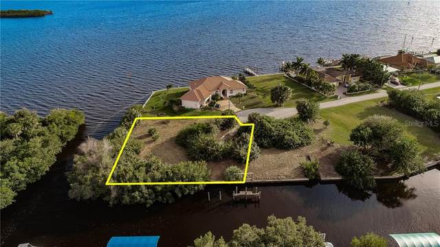 100 & 101 Danforth Drive, Port Charlotte, FL 33980 (MLS #C7425346) :: Delgado Home Team at Keller Williams