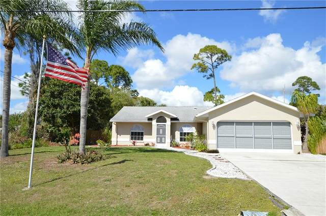 3025 Atwater Drive, North Port, FL 34288 (MLS #C7425765) :: Baird Realty Group