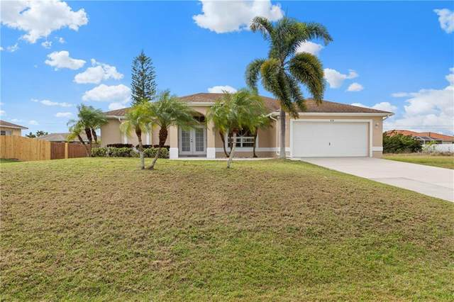 2118 NE 20TH Lane, Cape Coral, FL 33909 (MLS #C7425921) :: Gate Arty & the Group - Keller Williams Realty Smart