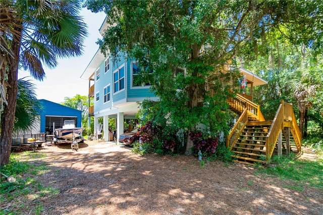 745 Suncrest Lane, Englewood, FL 34223 (MLS #C7429188) :: EXIT King Realty