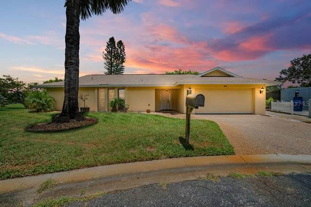 1015 River Oaks Court, Venice, FL 34293 (MLS #C7431912) :: Keller Williams on the Water/Sarasota