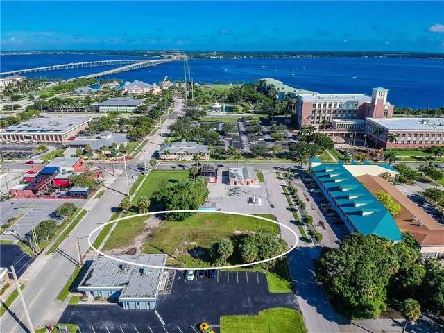 216 Nesbit Street, Punta Gorda, FL 33950 (MLS #C7433332) :: Team Borham at Keller Williams Realty