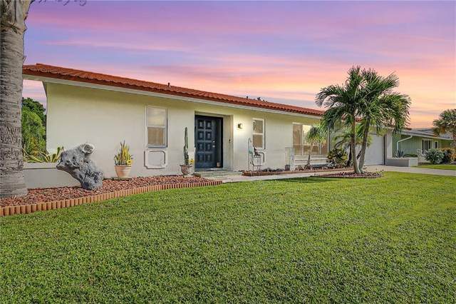 1318 Aqui Esta Drive, Punta Gorda, FL 33950 (MLS #C7433493) :: Bustamante Real Estate