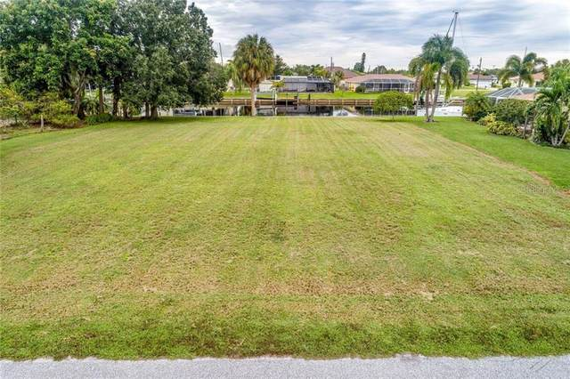 126 Colonial Street SW, Port Charlotte, FL 33952 (MLS #C7433685) :: Young Real Estate