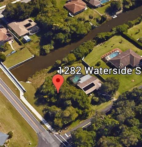 1282 Waterside Street, Port Charlotte, FL 33952 (MLS #C7434385) :: Key Classic Realty