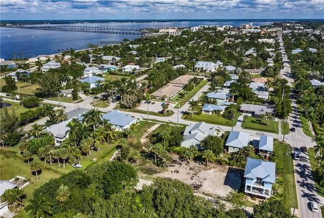 920 W Olympia Avenue, Punta Gorda, FL 33950 (MLS #C7435473) :: Delgado Home Team at Keller Williams