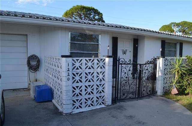 1220 S Venice Blvd, Venice, FL 34293 (MLS #C7435567) :: Carmena and Associates Realty Group