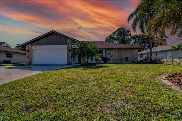 6135 Gillot Boulevard, Port Charlotte, FL 33981 (MLS #C7435582) :: Alpha Equity Team