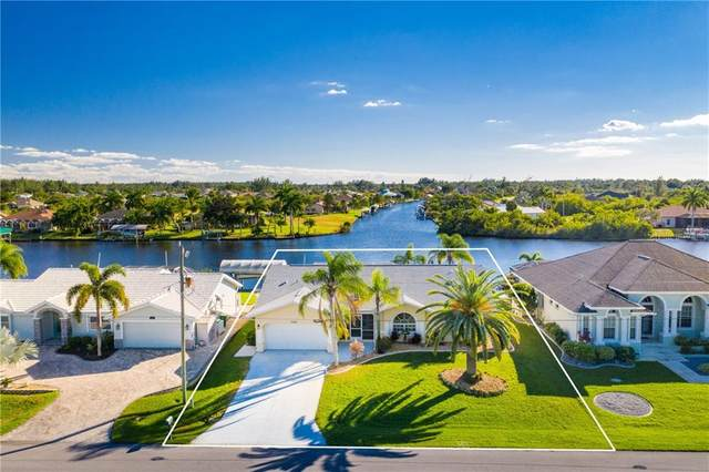 15842 Aqua Circle, Port Charlotte, FL 33981 (MLS #C7435795) :: Key Classic Realty