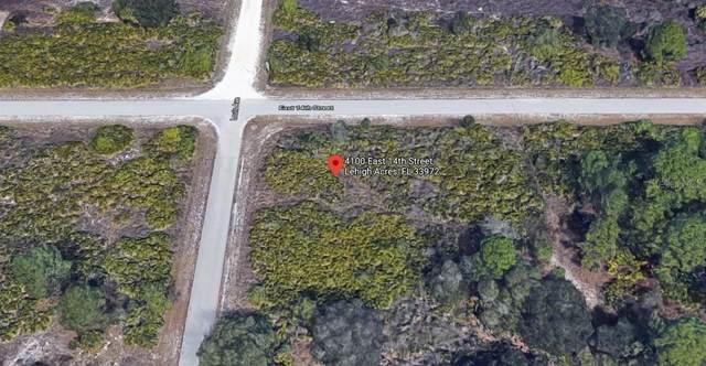 4100 E 14TH Street, Lehigh Acres, FL 33972 (MLS #C7437642) :: Griffin Group