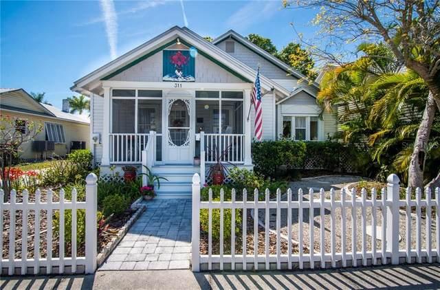 311 Taylor Street, Punta Gorda, FL 33950 (MLS #C7440122) :: The Hesse Team