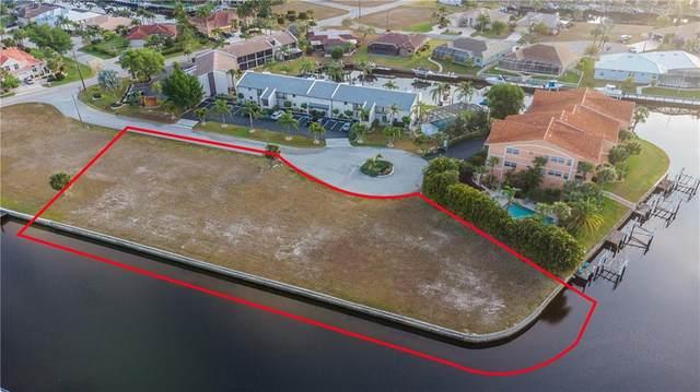 1327,1323,1327 Wesley Drive, Punta Gorda, FL 33950 (MLS #C7440749) :: Coldwell Banker Vanguard Realty