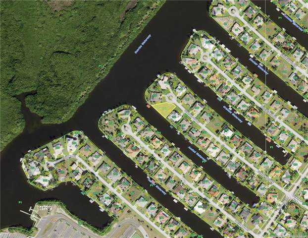 133 Graham Street SW, Port Charlotte, FL 33952 (MLS #C7441243) :: The Curlings Group