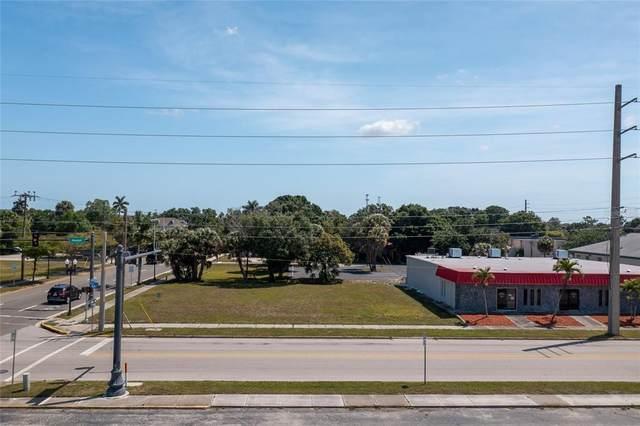 302 Nesbit Street, Punta Gorda, FL 33950 (MLS #C7442077) :: The Hesse Team