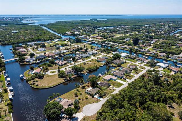 4120 Munson Street, Port Charlotte, FL 33948 (MLS #C7442171) :: RE/MAX Local Expert
