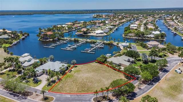 4441 Grassy Point Blvd, Port Charlotte, FL 33952 (MLS #C7442380) :: Premier Home Experts