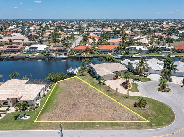 2907 Ryan Boulevard, Punta Gorda, FL 33950 (MLS #C7442961) :: Griffin Group
