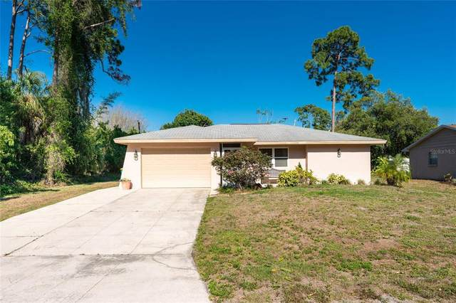 2042 Cannolot Boulevard, Port Charlotte, FL 33948 (MLS #C7443014) :: Kelli and Audrey at RE/MAX Tropical Sands