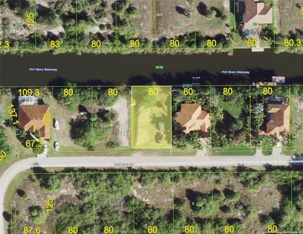 14118 Fort Myers Avenue, Port Charlotte, FL 33981 (MLS #C7444085) :: Sarasota Home Specialists