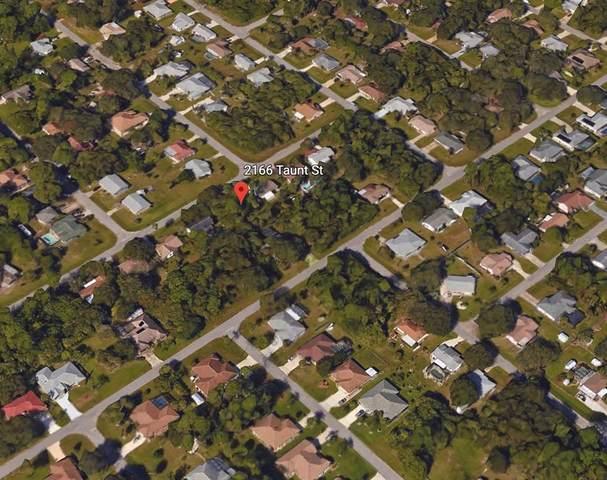 2166 Taunt Street, Port Charlotte, FL 33948 (MLS #C7445178) :: Coldwell Banker Vanguard Realty