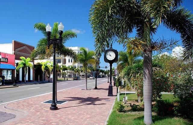 216 Taylor Street, Punta Gorda, FL 33950 (MLS #C7446233) :: Gate Arty & the Group - Keller Williams Realty Smart