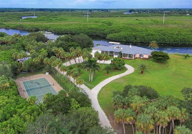 7200 Riverside Drive, Punta Gorda, FL 33982 (MLS #C7448161) :: The Duncan Duo Team