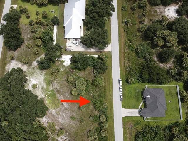 19084 Sheriff Avenue, Port Charlotte, FL 33954 (MLS #C7448227) :: RE/MAX Elite Realty