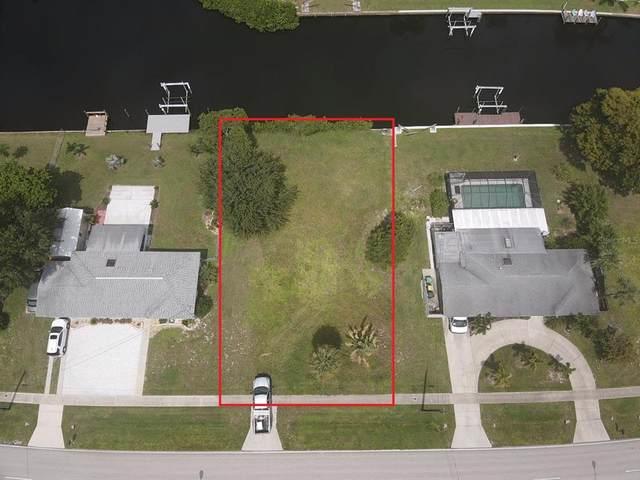 21314 Edgewater Drive, Port Charlotte, FL 33952 (MLS #C7448697) :: GO Realty