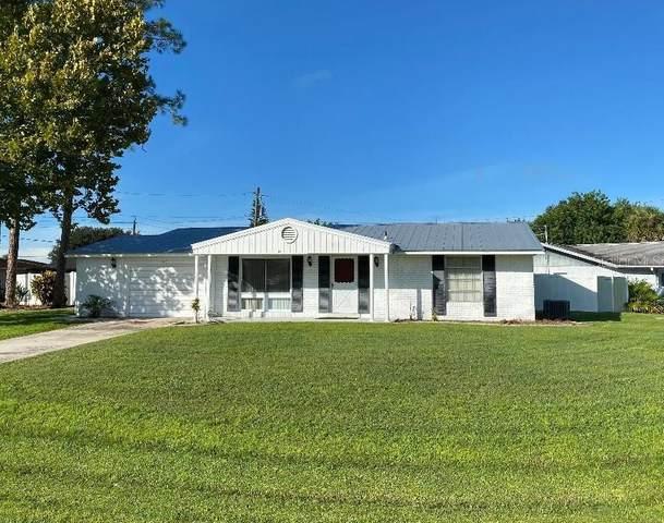 3171 Beacon Drive, Port Charlotte, FL 33952 (MLS #C7448789) :: Globalwide Realty