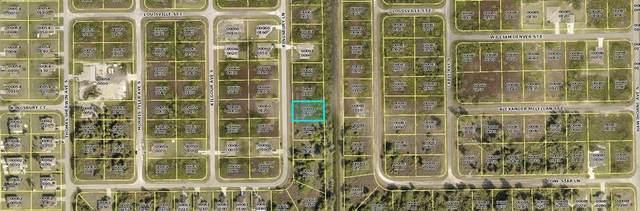 527 Kingsbury Lane, Lehigh Acres, FL 33974 (MLS #C7449092) :: Vacasa Real Estate
