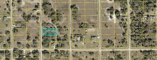1704 Truman Avenue, Lehigh Acres, FL 33972 (MLS #C7449138) :: Vacasa Real Estate