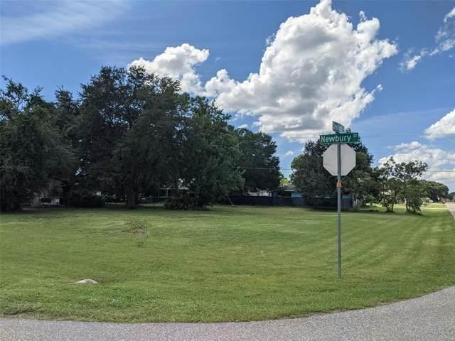 22541 New York Avenue, Port Charlotte, FL 33952 (MLS #C7449598) :: CENTURY 21 OneBlue
