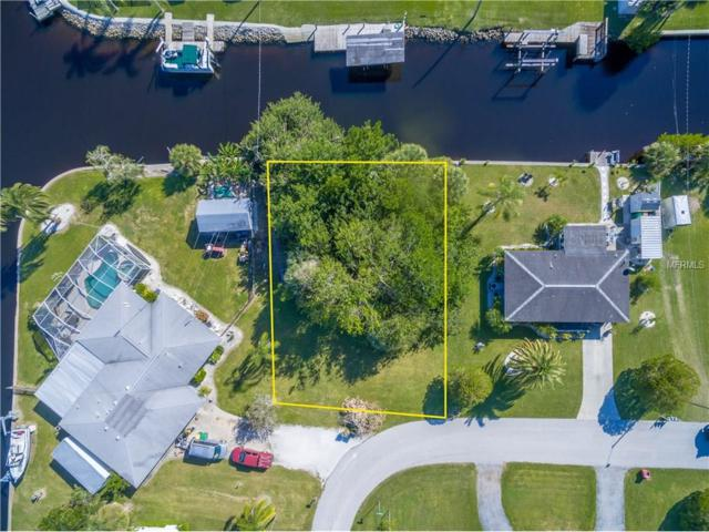 897 E 3RD Street, Englewood, FL 34223 (MLS #D5920868) :: Griffin Group