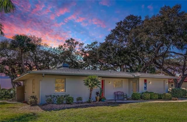 918 Edgewater Drive, Englewood, FL 34223 (MLS #D6111167) :: Gate Arty & the Group - Keller Williams Realty Smart