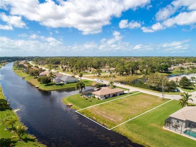1021 Rotonda Circle, Rotonda West, FL 33947 (MLS #D6111301) :: Premier Home Experts