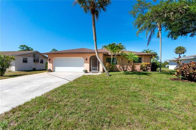 28 Oakland Hills Place, Rotonda West, FL 33947 (MLS #D6111676) :: The BRC Group, LLC