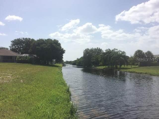 100 Mark Twain Lane, Rotonda West, FL 33947 (MLS #D6112071) :: Delgado Home Team at Keller Williams