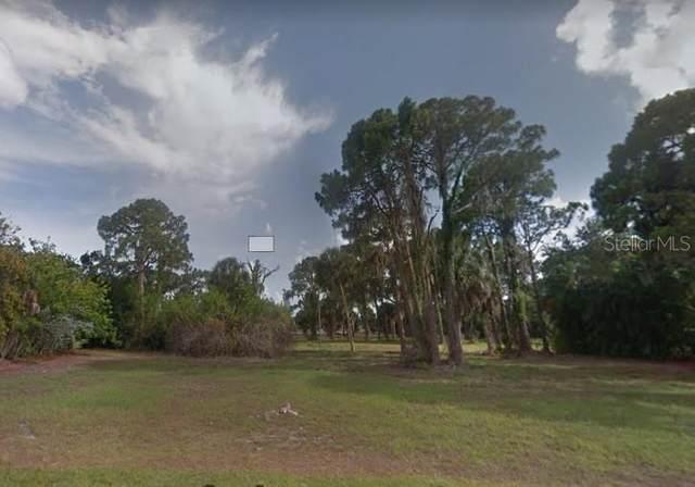 59 Mark Twain Lane, Rotonda West, FL 33947 (MLS #D6112194) :: The Duncan Duo Team