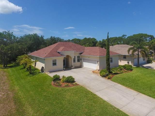 15 Mark Twain Lane, Rotonda West, FL 33947 (MLS #D6112295) :: The Duncan Duo Team
