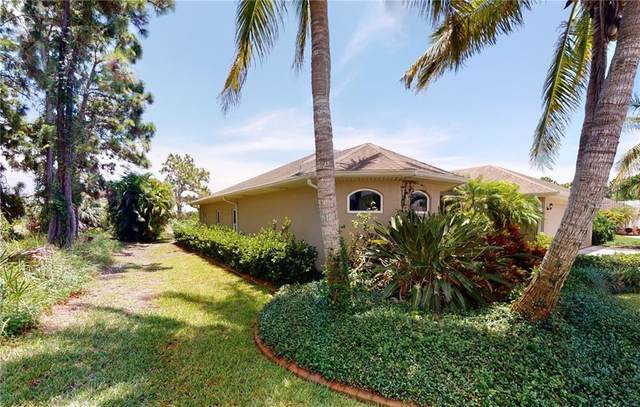 448 Rotonda Circle, Rotonda West, FL 33947 (MLS #D6112900) :: The Duncan Duo Team