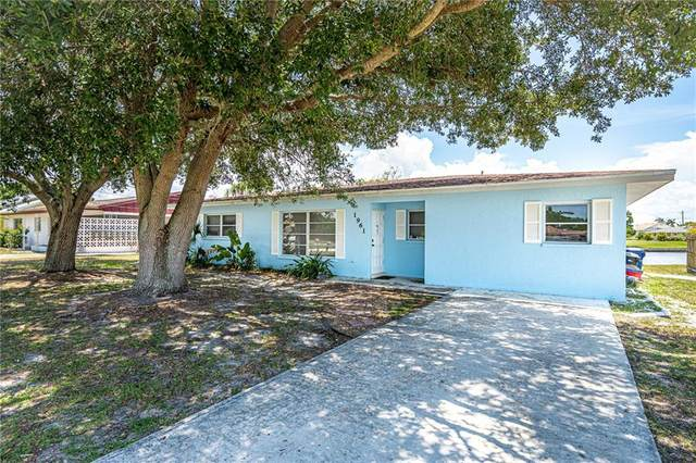 1961 Fairview Drive, Englewood, FL 34223 (MLS #D6113021) :: Team Bohannon Keller Williams, Tampa Properties