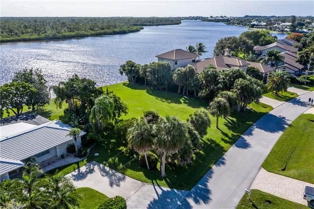 560 Coral Creek Drive, Placida, FL 33946 (MLS #D6114592) :: The Duncan Duo Team