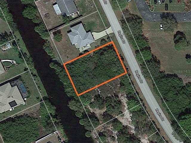 7017 Regina Drive, Englewood, FL 34224 (MLS #D6115718) :: Young Real Estate