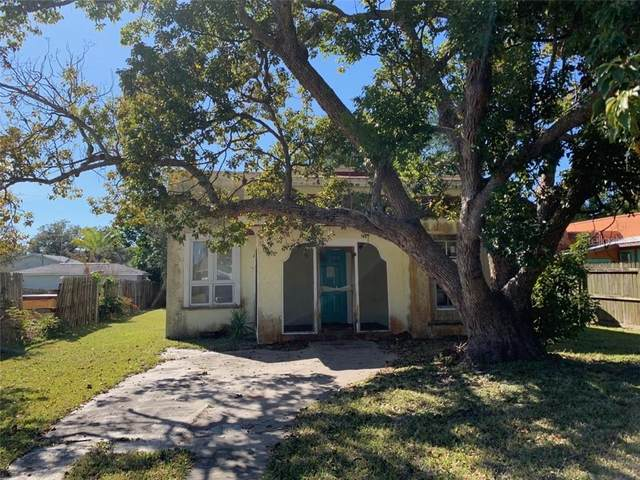 305 Pameto Road, Nokomis, FL 34275 (MLS #D6116011) :: Premier Home Experts