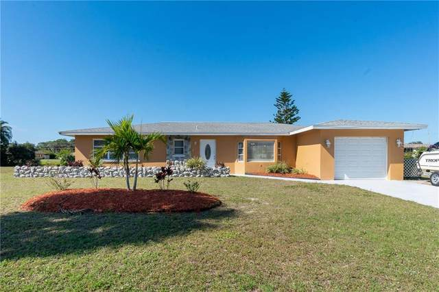135 Rotonda Circle, Rotonda West, FL 33947 (MLS #D6116750) :: Pepine Realty