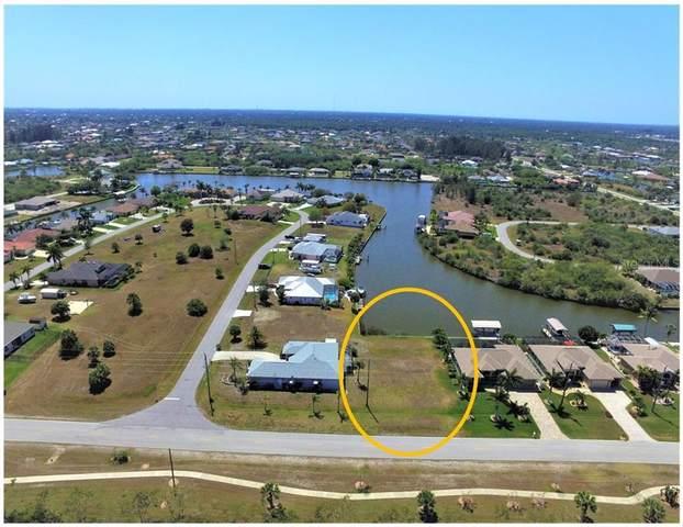8909 St Paul Drive, Port Charlotte, FL 33981 (MLS #D6117969) :: Florida Real Estate Sellers at Keller Williams Realty