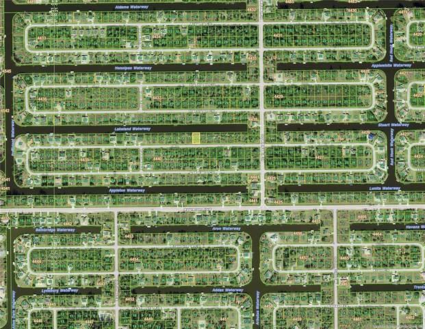 15064 Lakeland Circle, Port Charlotte, FL 33981 (MLS #D6118466) :: Premium Properties Real Estate Services